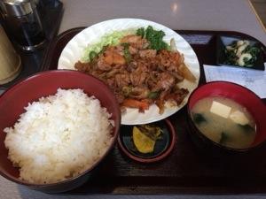青柳食堂の豚キムチ定食!