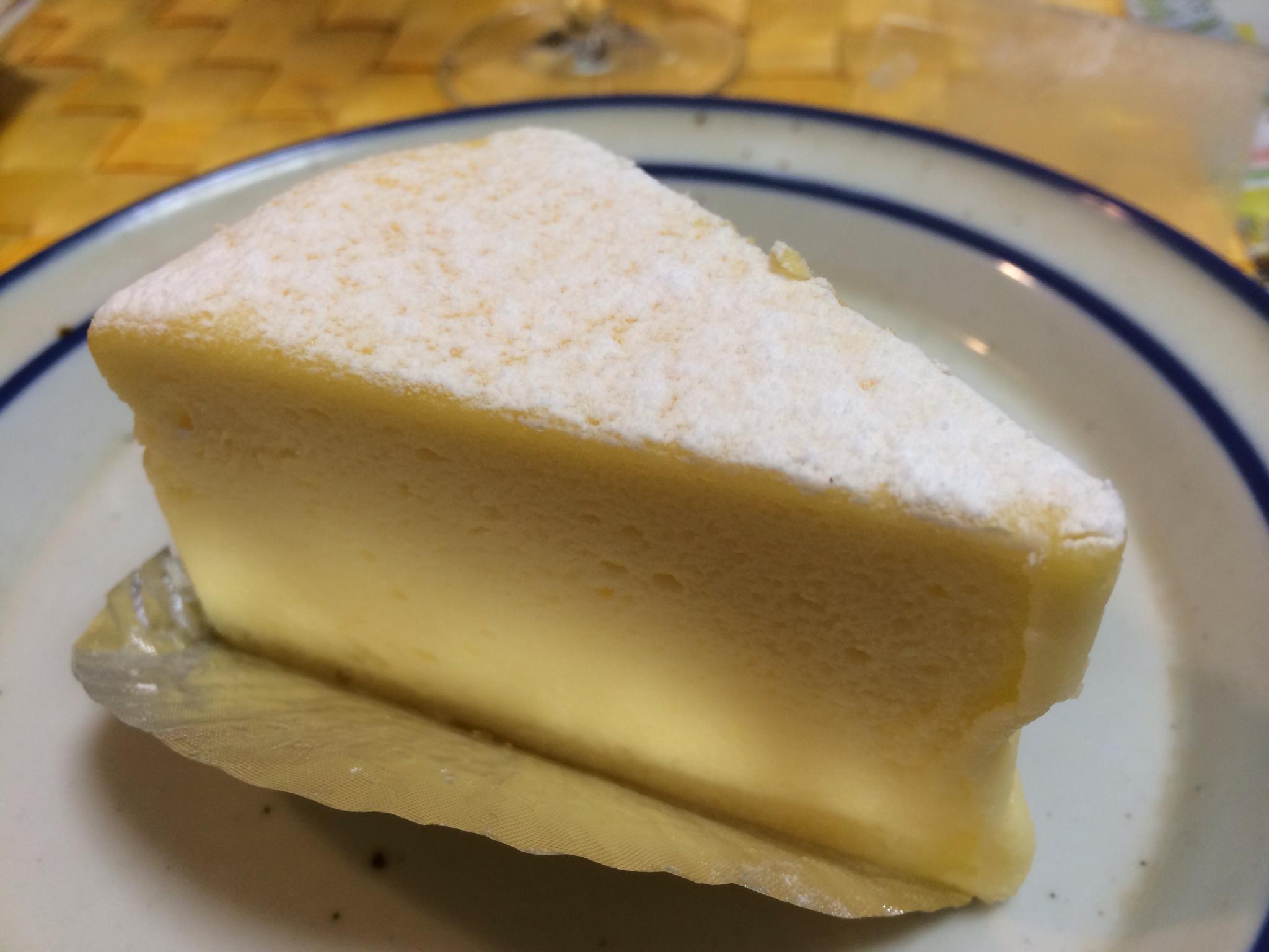 チーズケーキ!昔から好きです!笑