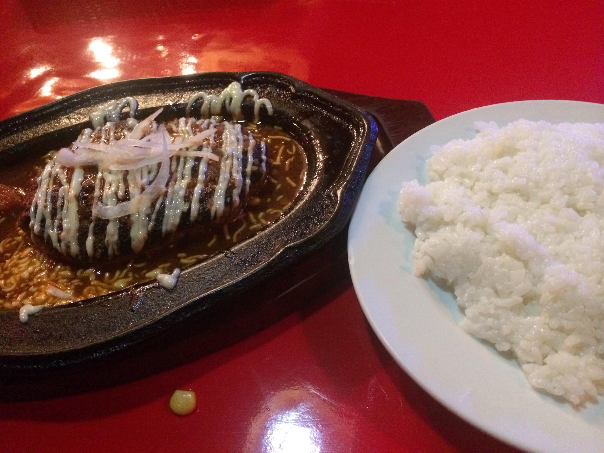 最後の営業日にハンバーグやブロンコを食べおさめしました!ヽ(^o^)丿