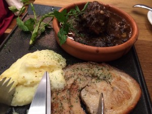 イタリアン酒場ナチュラマーケットの肉2種盛り
