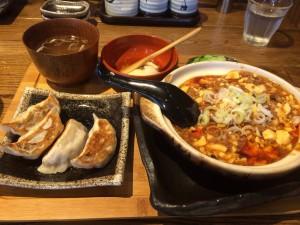 武蔵中原駅にあるダンダダン酒場の麻婆定食!カレー風味でおいしいです!