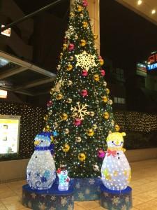 溝の口のマルイ前のクリスマスツリー!きれいでした!