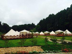 キャンプ場につくと、すでにテントが張られていました!!!