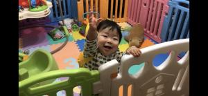 つかまり立ち!喜ぶ!赤ちゃん!(奏大・かなた9ヶ月)