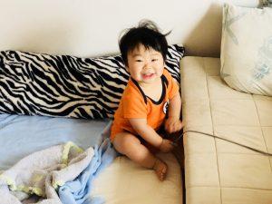 寝癖ついてますね!大阪のおばちゃんみたいになってます!笑