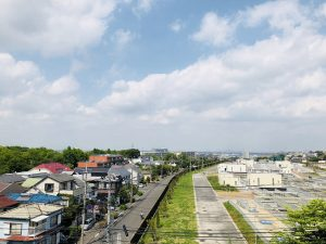 西松屋に行く途中の坂道から!浄水場が見えます!