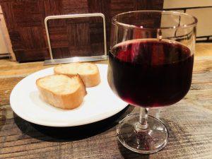 バゲット、アヒージョ、赤ワイン、合いますね(*^_^*)